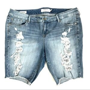Torrid Boyfriend Bermuda Jean Shorts